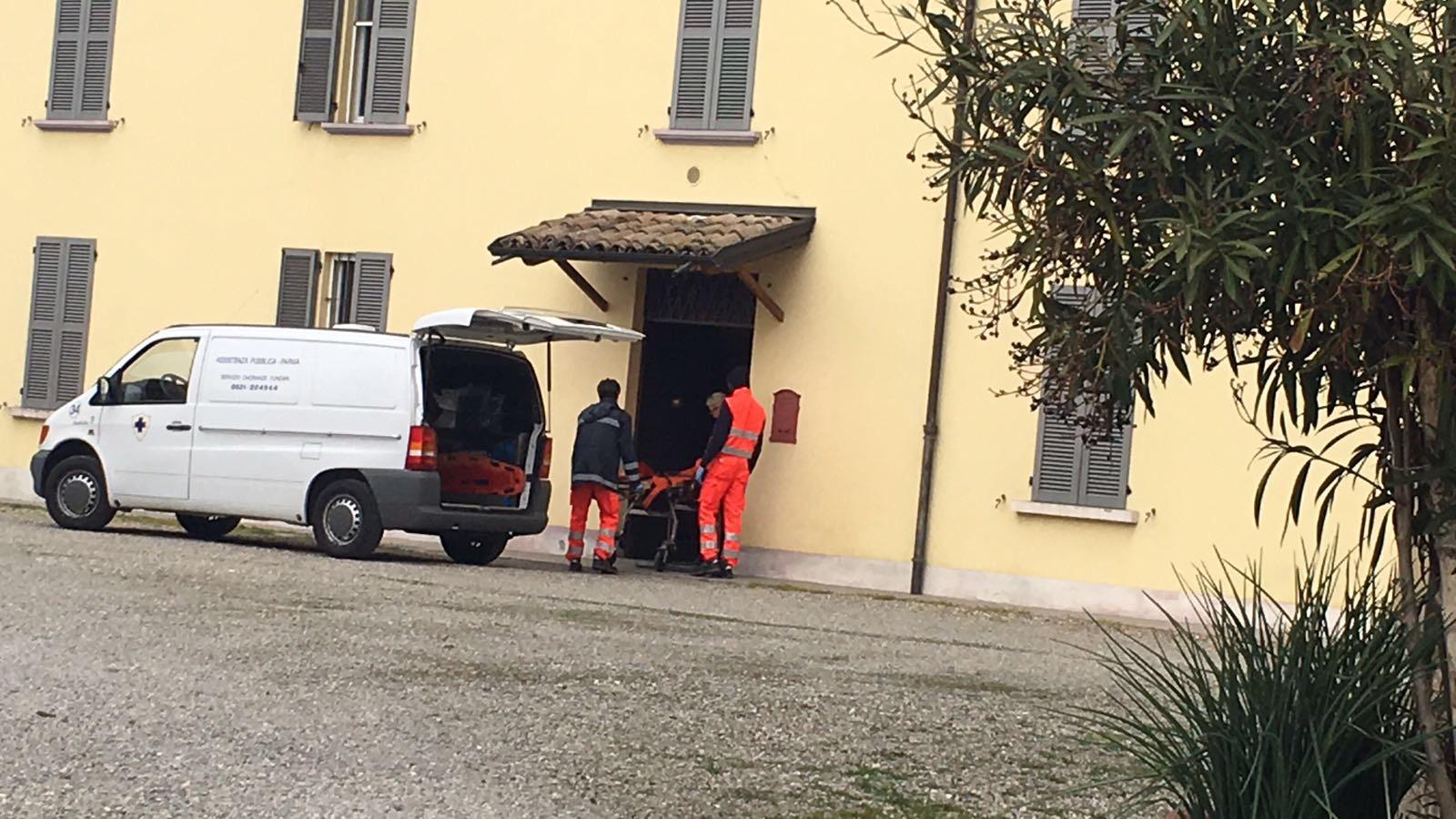 Anziano muore dopo una lite in casa: arrestato il figlio