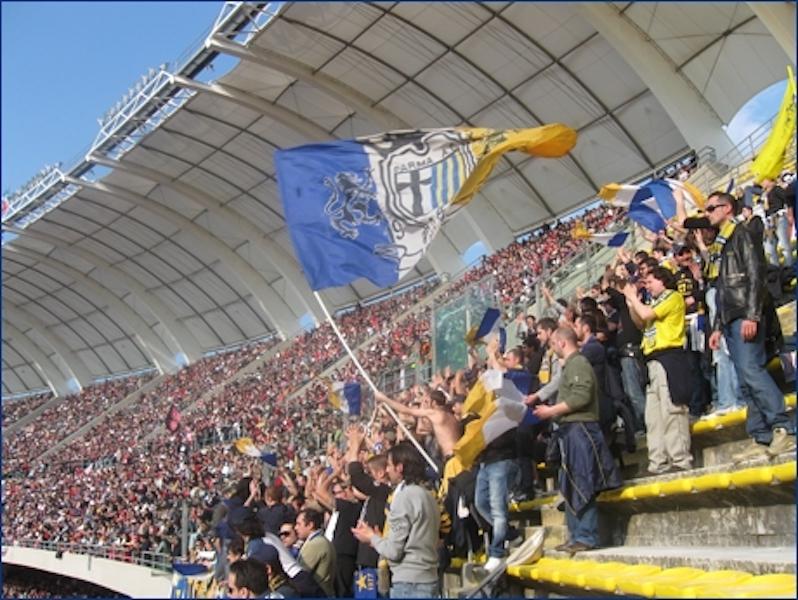 Il Parma fa 0 a 0 a Bari. Il terzo pareggio consecutivo