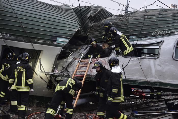 Incidente ferroviario a Pioltello, la preghiera del Papa