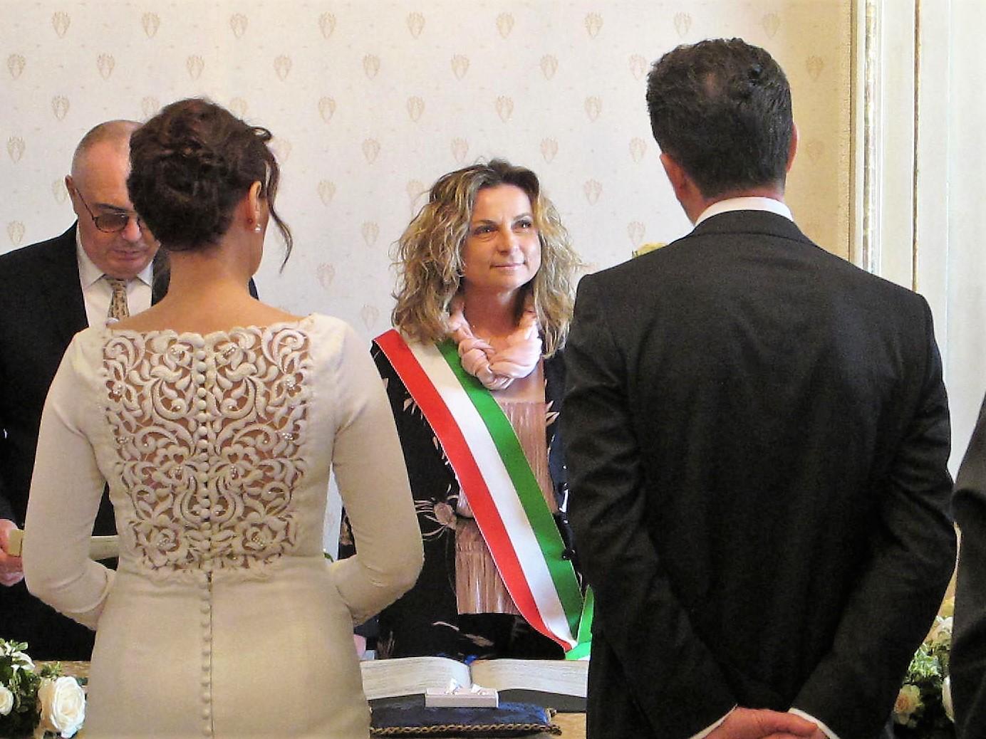 Fotonotizia celebrato il primo matrimonio nella sala for Sala degli sposi